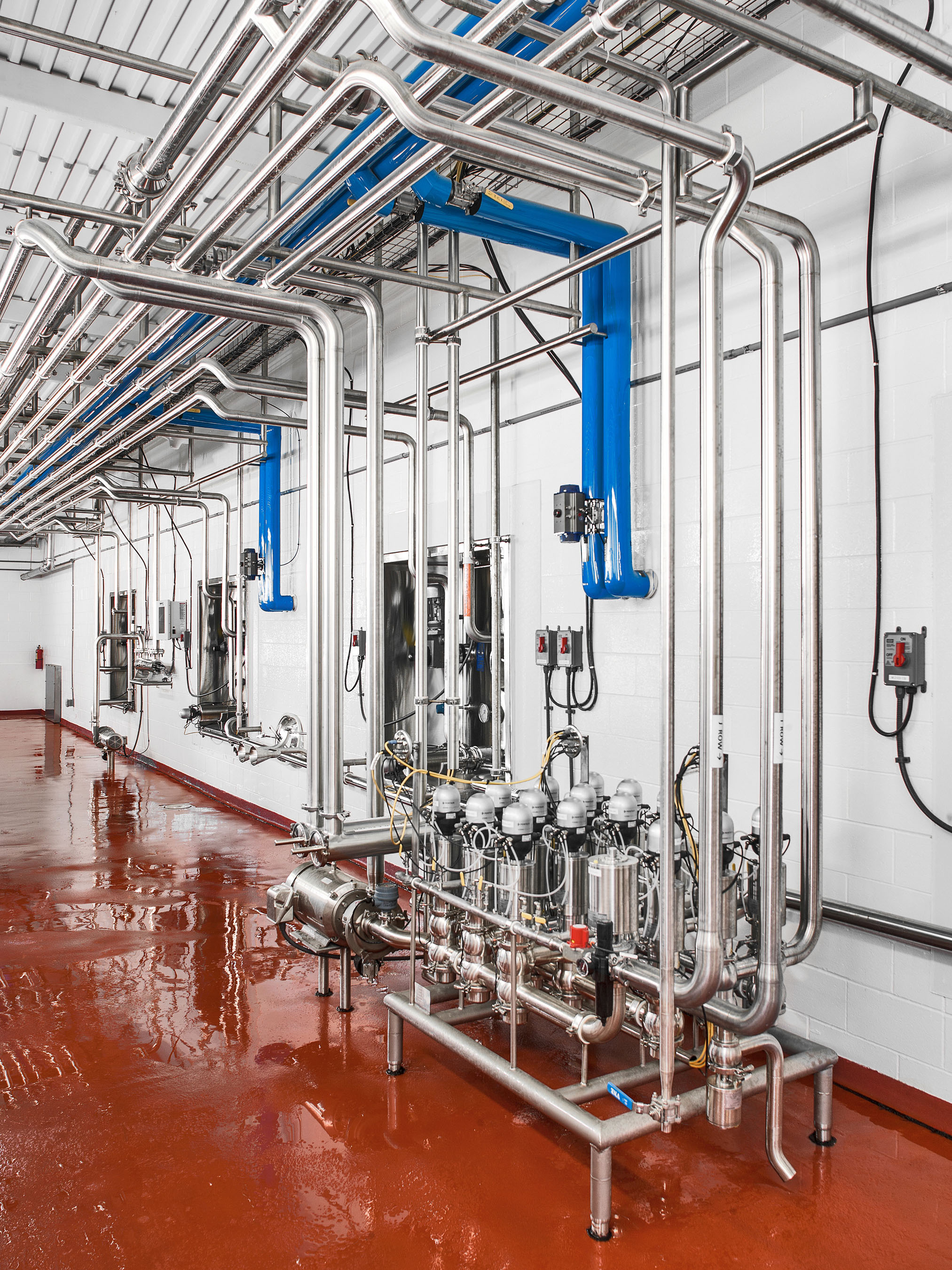 Interior photography of Noosa plant located in Fort Collins, Colorado.